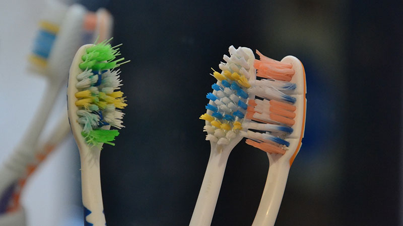 Using Your Toothbrush For Too Long