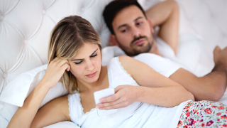 Would You Give Up Social Media For A Healthy Relationship